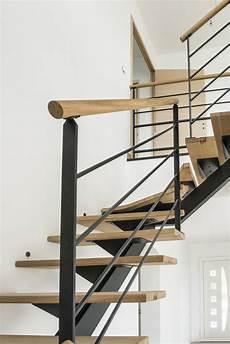 escalier en acier re d escalier en acier ral noir et courante bois