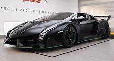 watch this amazing lamborghini veneno roadster get