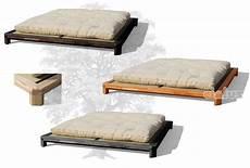futon cinius cinius lit en bois quot h quot lit japonais en h 234 tre