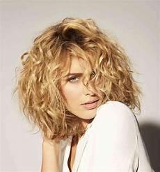 mini vague cheveux coiffure mini vague bruno pele energie renouvelable
