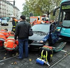 Unfall Düsseldorf Heute - unfall in frankfurt minutemanhealthdirect