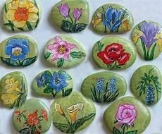 Painted Flower Rocks Steinmahlerei Blumen Piedras