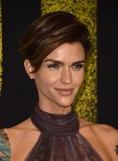 ruby rose short side part short hairstyles lookbook stylebistro