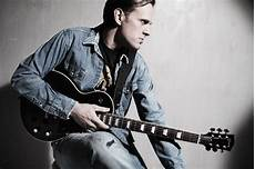guitarist joe bonamassa virtuoso blues guitarist joe bonamassa to release new album in september news