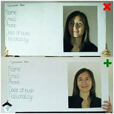resume picture smile or not bad cv pictures versus good cv pictures