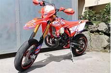 umgebautes motorrad beta rr 300 2t akratec 1000ps at