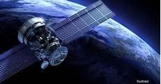 Mengenal Satelit Buatan Yang Mengorbit Bumi Info Astronomy