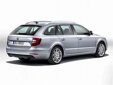 2013 Skoda Superb Facelift Revealed Forcegt
