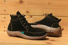 jual sepatu boots casual pria kickers kulit suede hitam sepatu cowok di lapak ranto ompusunggu