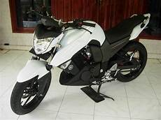 Yamaha Xabre Modif Ducati by Berita Harian Kosmo Modifikasi Yamaha Byson Ala Ducati