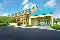 book shular inn pigeon forge pigeon forge tennessee