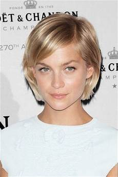 25 perfect hairstyles for heart shaped faces hairstylec