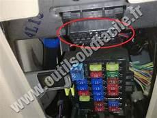 on board diagnostic system 2009 mazda mx 5 spare parts catalogs obd2 connector location in mazda mx 5 nb 1998 2005 outils obd facile