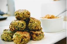 canapes rezepte low carb brokkoli k 228 se b 228 llchen choose