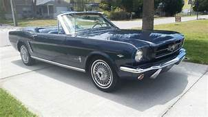 19641/2 FORD MUSTANG CONVERTIBLE  1965 1966 For Sale