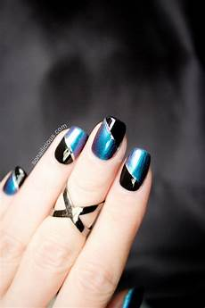 beautiful blue and black two toned nails sonailicious