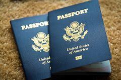 можно ли получить загранпаспорт готовый кому то из родственников