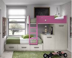 lit superpos 233 avec tiroirs une armoire et un bureau