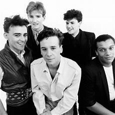 running up that hill testo m rapisarda storia rock anni 80 successi 1985