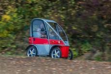 plus das elektromobil f 252 r senioren ohne f 252 hrerschein kyburz