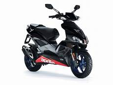 the aprilia 50 at motorbikespecs net the motorcycle