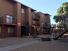 Lakewood Cove Apartments Henderson Nv by Henderson Rapper Gunned Outside Apartment Kvcw