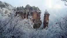 touring zhangjiajie in winter snow season weather tips