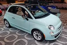 Fiat 500 Cabrio Farben - local color paint hues at the 2017 chicago auto