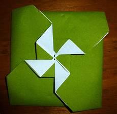 pliage serviette moulin a vent pliage de serviette de table en forme de pochette avec