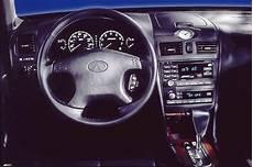 how things work cars 2000 infiniti i navigation system 2000 04 infiniti i30 i35 consumer guide auto
