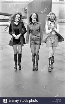Mode Der 70er Bilder - 1970s fashion stock photos 1970s fashion stock images