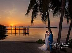 key largo wedding venue coral beach key largo lighthouse beach weddings