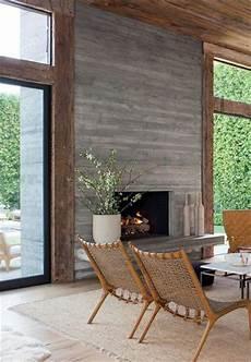 revetement bois interieur manteau de foyer 10 inspirations chaleureuses et modernes
