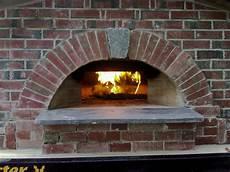 Pizza Steinofen Bauen - true brick ovens building the brick oven