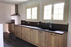 cuisine facade bois plan de travail noir livraison