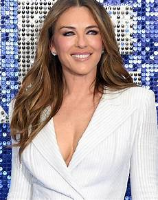 elizabeth hurley the miracle moisturizer that s kept elizabeth hurley so