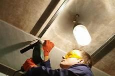 rigipsplatten streichen 187 ausf 252 hrliche anleitung mit