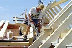 eigenleistungen beim hausbau wann eigenleistung beim hausbau geld spart hausidee dehausidee de