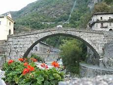 Pont Martin Bridge Wikimedia Commons