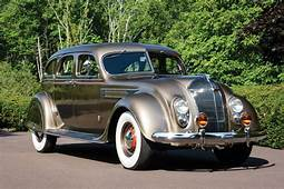 CHRYSLER Airflow Specs & Photos  1934 1935 1936 1937