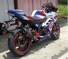 Modifikasi Yamaha R15 by Modifikasi Yamaha R15 Terbaru Movistar New Merah Velg Jari