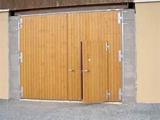 Doppelflügeltor Garage by Fl 252 Geltore Aus Holz Allemann 174 Gmbh Holz U Metallprodukte