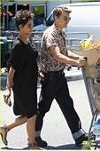 Halle Berry Bel Bambini Shopping With Nahla Photo