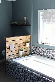baignoire transformée en diy deco des palettes en bois deco transform 233 es en lit
