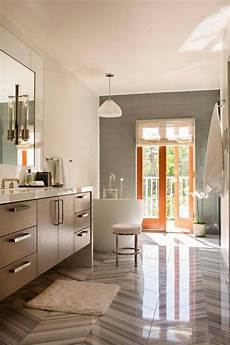 dekoration badezimmer graue badezimmerfliese und holz in 37 dekoideen graue
