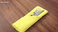 bestecktasche falten anleitung servietten falten bestecktasche tischdeko