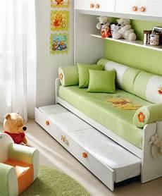 copriletto winnie the pooh letto a divano di winnie the pooh per cameretta