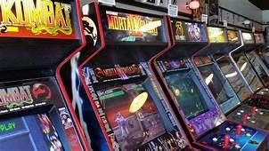 3 Video Game Arcades Still Rocking In 2016  Geek And Sundry