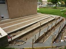 Construction D Une Terrasse En Bois Construire Une Terrasse En Composite Presentation