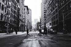 21 inspiring black and white street photos light stalking